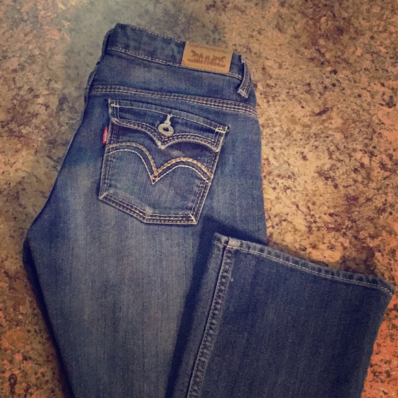 Levi's Other - Final Price⬇️Girl's Levi's skinny bootcut jeans